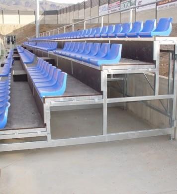 Gradas y tribunas grader os retr ctiles gradas for Gradas de madera para exteriores