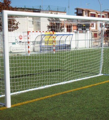 Portable football-7 goals